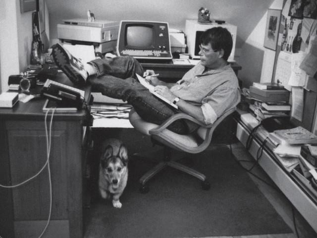 The Work-Life Balance Lesson We Learn from Stephen King's Desk