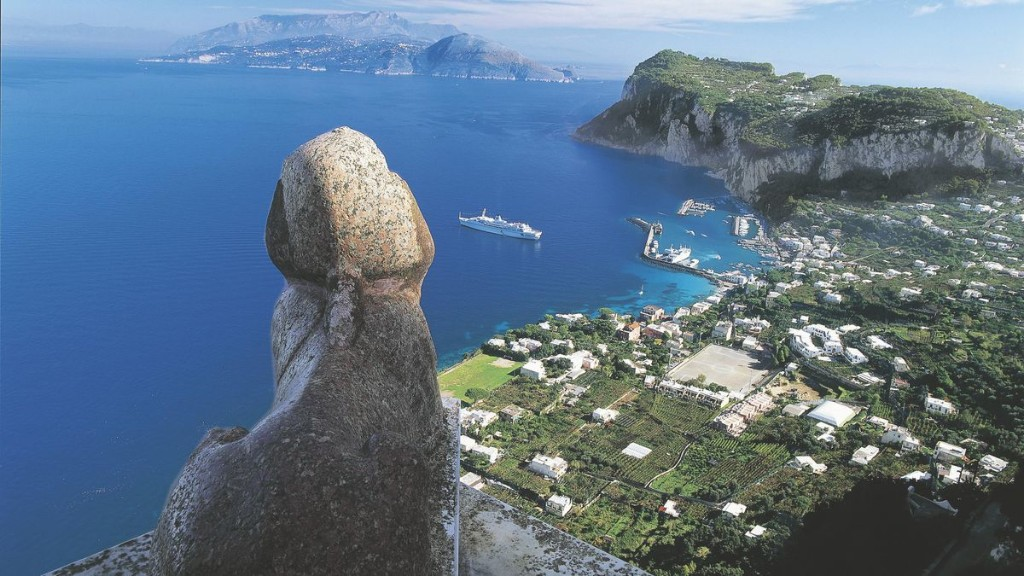 The Villa In Capri You'd Want To Visit Now If You Could