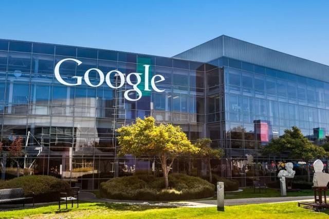 Google To Launch An Artificial Intelligence Messenger Service To Rival Facebook M: Reports