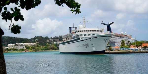 Expert: Scientology Ship With Measles Case Could be Quarantined for Weeks