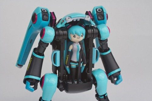 Hatsune Miku Gets An Adorable Mecha Styled By The Studio Behind 'Adventure Time'