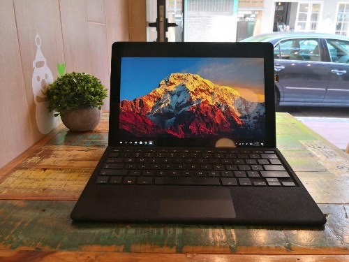 Eve V Review: A Cheaper Microsoft Surface Pro With More Ports