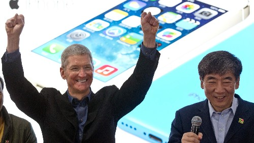 iPhone 6, iWatch To Come To Apple's Rescue As Sales Lag, Icahn Continues To Buy