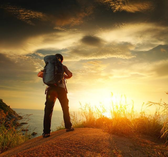 Ten Tips for Traveling Alone