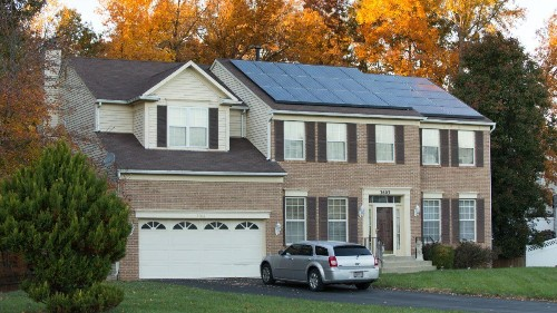 With Tesla Solar Floundering, Is Vivint Solar The Answer?