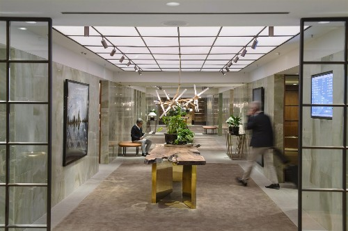 Cathay Pacific Reopens First Class Lounge in Hong Kong