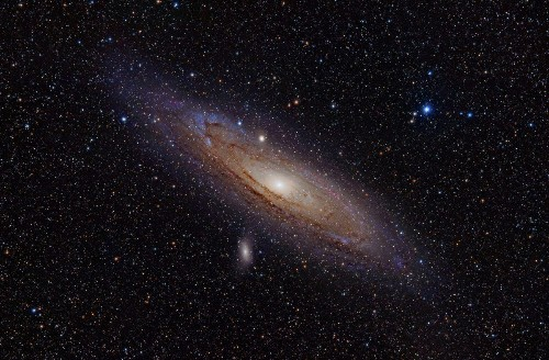 Astronomers Mount Massive Optical Search For Aliens In Andromeda