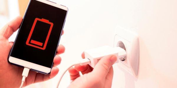 Why Your Phone Battery Still Dies Quickly