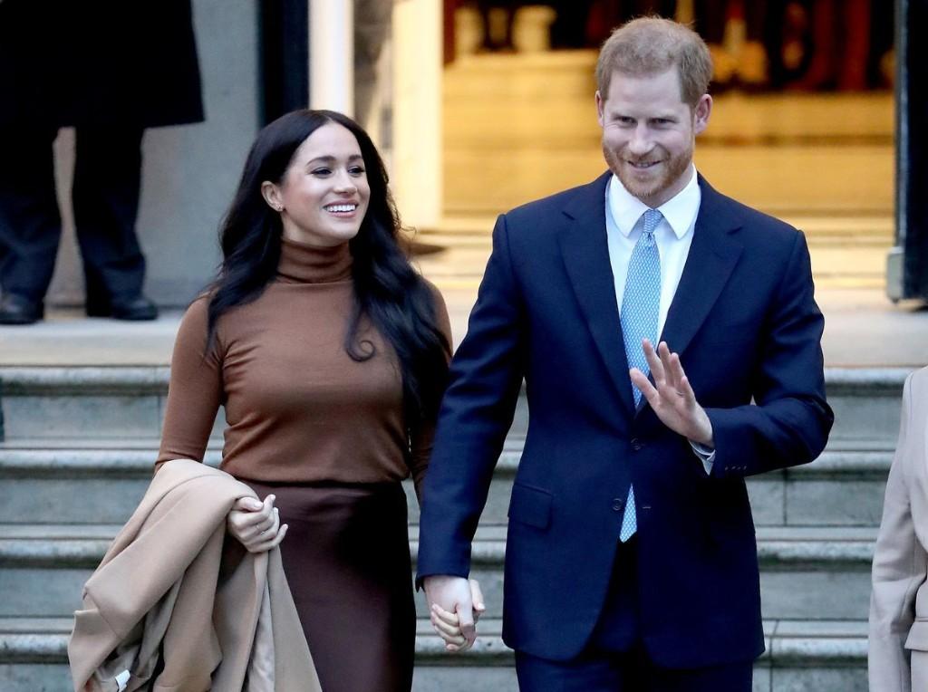 Queen Elizabeth Teaches 'Megxit' PR Lessons
