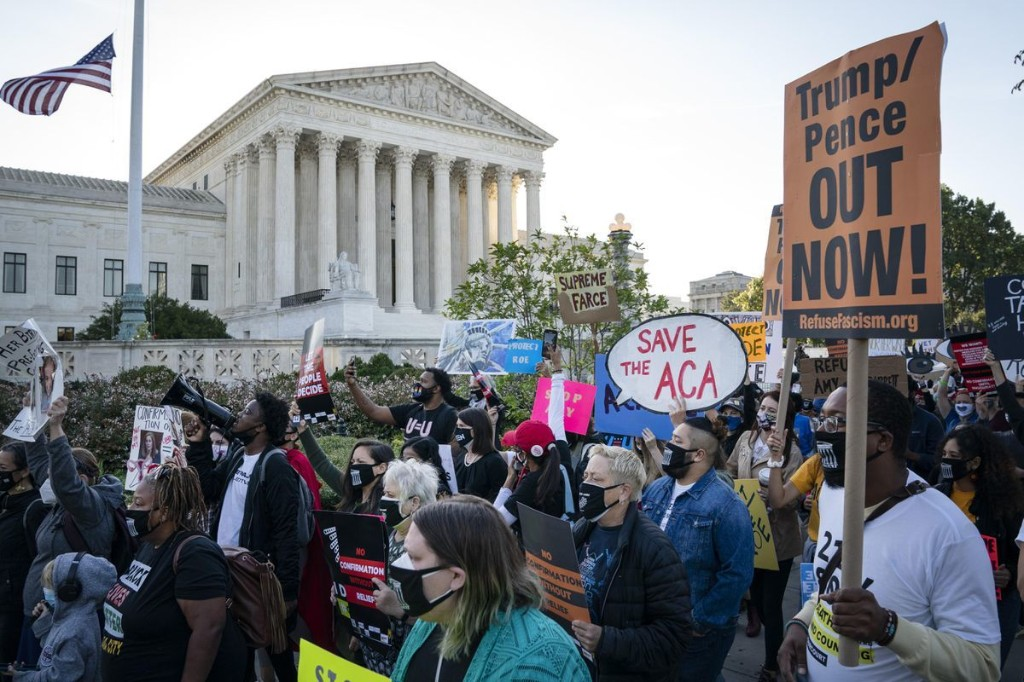 Yes, There Is Still One Way Democrats Can Stop A Conservative Supreme Court