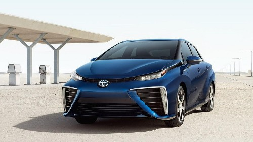 Toyota On Mirai Vs. Tesla: Battery Electric Vehicles Have 'Fundamental' Physics Problem