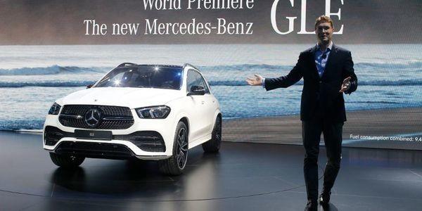 Daimler Shares Dive After Cost Cutting, Profit News