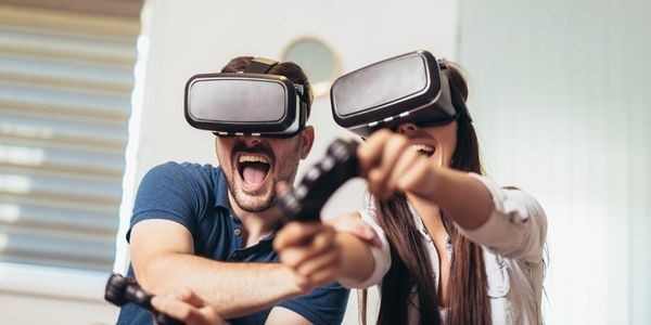 Move Over Online Dating! Virtual Reality Is The Future Of Finding Love