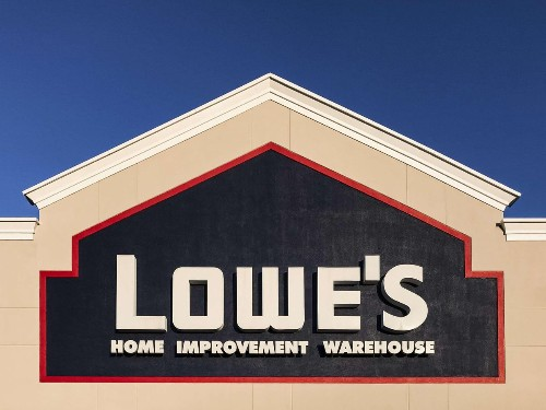 Will Lowe's Revenue Growth In 2020 Be Better Than 2019?