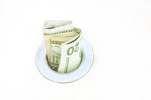 Sprung A Money Leak? 5 Ways To Plug The Holes In Your 2015 Budget