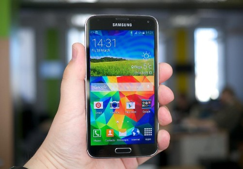 Samsung Galaxy S5 Is Already Battling The iPhone 6