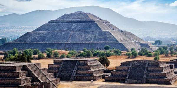 Interactions Between The Ancient Maya And The City Of Teotihuacan Revealed By New Excavations