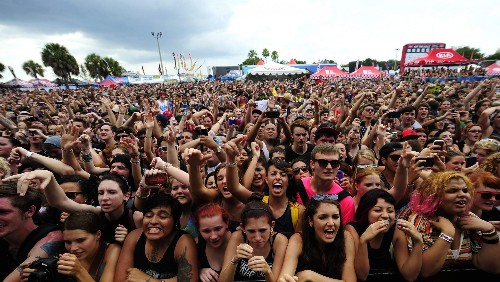 Warped Tour Is Offering Free Tickets To Parents Accompanying Their Kids