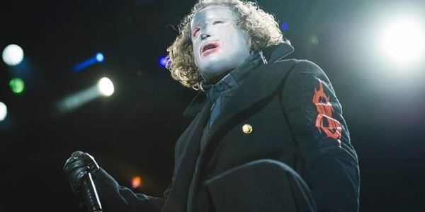 Slipknot Return To No. 1 In The U.K. After Almost Two Decades Away