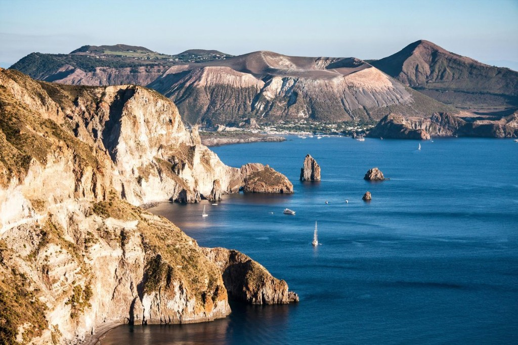 Everything You Need To See & Do On Sicily's Aeolian Islands