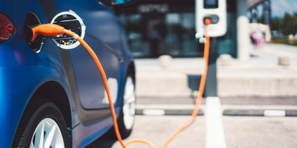 In The Future, Wind Energy Could Join Forces With Electric Vehicles To Power More of the Grid