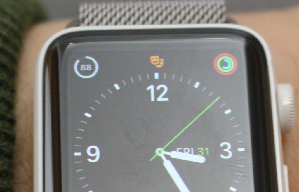 Apple Watch May Have 1 Brilliant Benefit In watchOS 3.2.2: Should You Upgrade?