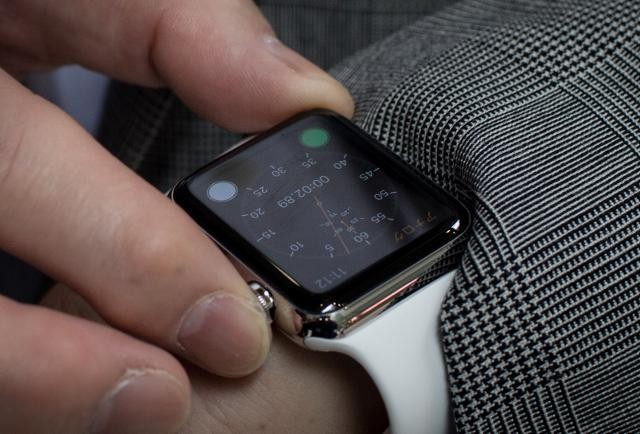 Apple Watch Is Not Yet A Home Run With Users, Survey Shows