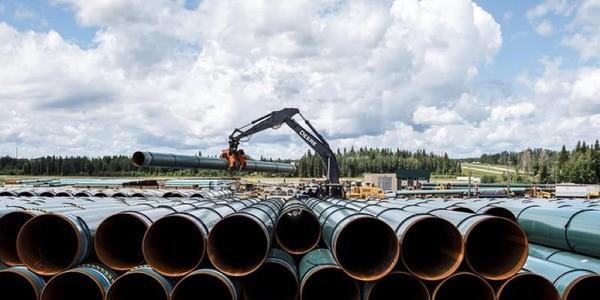 Will Canada's Oil Industry Get A Pipeline Lifeline?