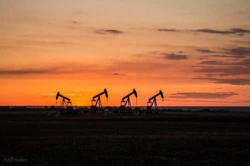 The Good, The Bad and The Ugly When Oil Giants Shift to Natural Gas