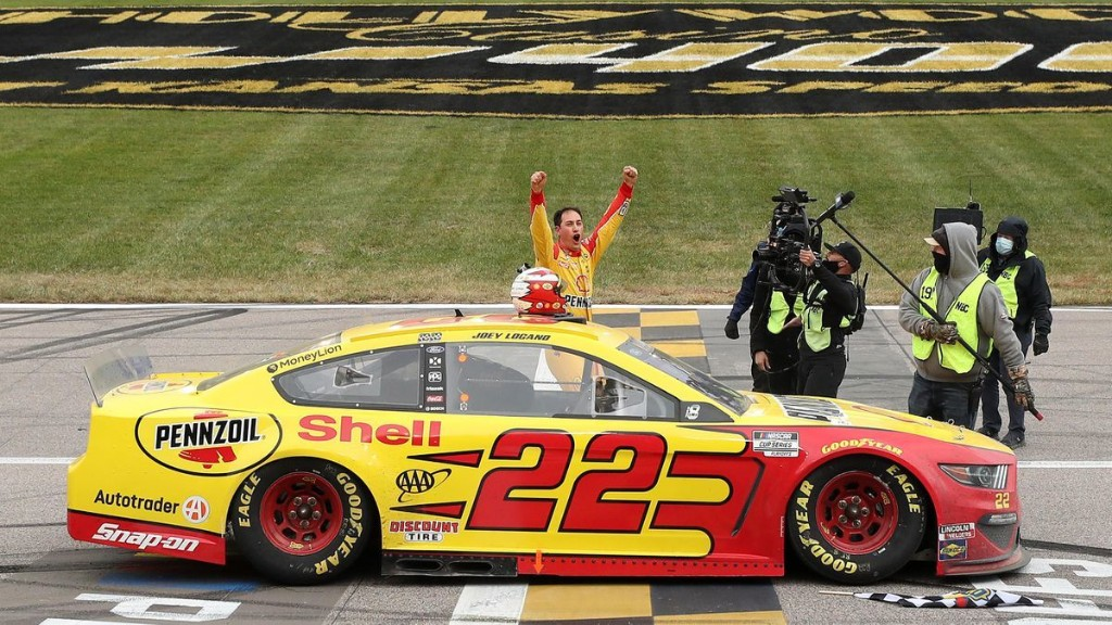 NASCAR TV Ratings Stabilize Amid Pandemic, Progressive Changes As Other Sports See Declines In 2020