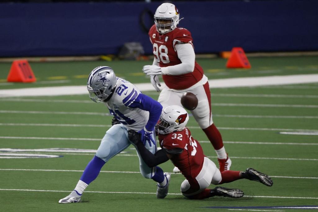 Dallas Cowboys Paying The Price For Signing Ezekiel Elliott