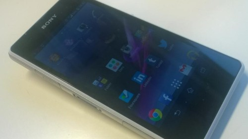 Sony Xperia Z1 Compact Review: A Small But Spectacular Android Smartphone