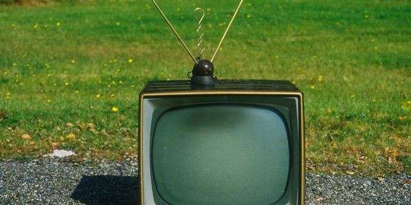 This Is How Your Old Television Set Can Prove The Big Bang
