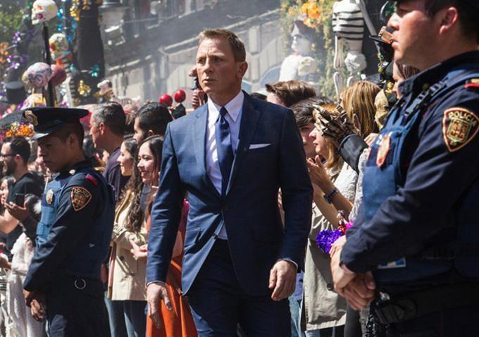Box Office: 'Spectre' Spies Huge $80.4 Million Overseas Debut