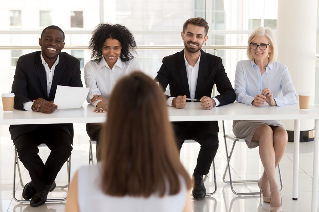 3 Questions Top Candidates Ask In A Job Interview