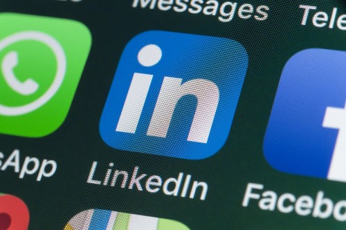 Maximize Your LinkedIn Profile For Job Search -- Tips From Recruiters And LinkedIn Company Insiders