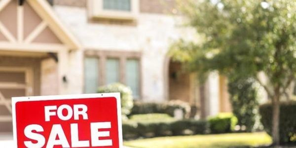 Homebuyers Can 'Take Their Time' This Spring As Home Price Growth Continues To Stall
