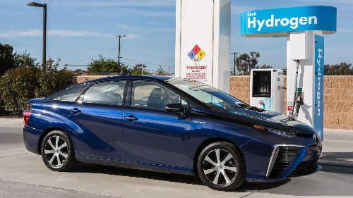 How Badly Does Toyota Want To Push Hydrogen Cars? It's Giving Away Its Patents For Free