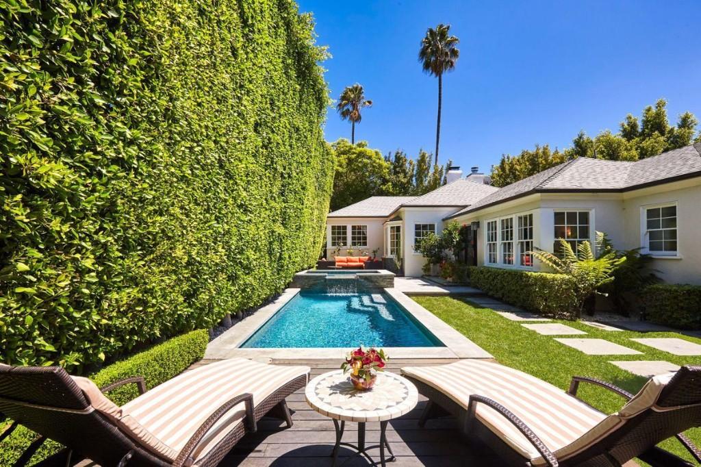 'DTWS' Contestant Jesse Metcalfe Deals Home Above Sunset Strip