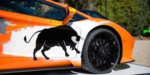 See Street Artist Skyler Grey Transform This Lamborghini Aventador S Into A Unique Collectable Pop Art