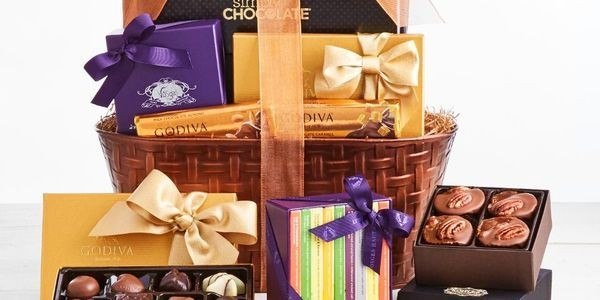 Holiday Gift Guide 2019: The Most Over-The-Top Chocolate Dessert Baskets
