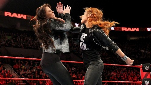 WWE Raw Results: News And Notes After Stephanie McMahon Suspends Becky Lynch
