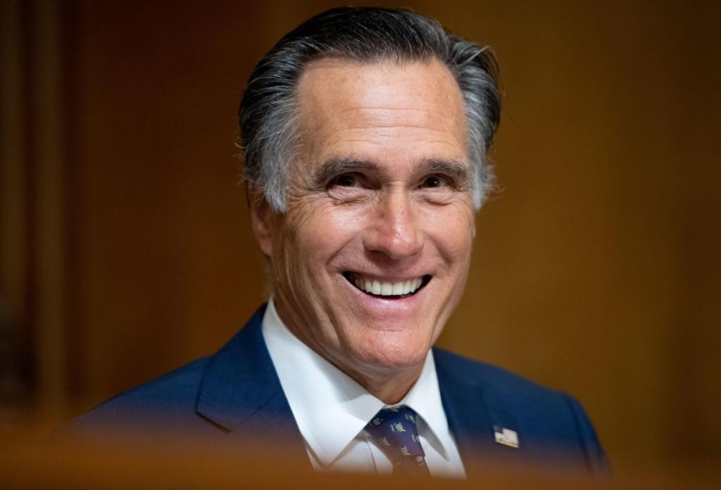 Bipartisan Stimulus Package Proposal Shrinks; Centrist Senators Omit $1,200 Stimulus Checks, Cut Unemployment Benefits Despite Weakening Economy