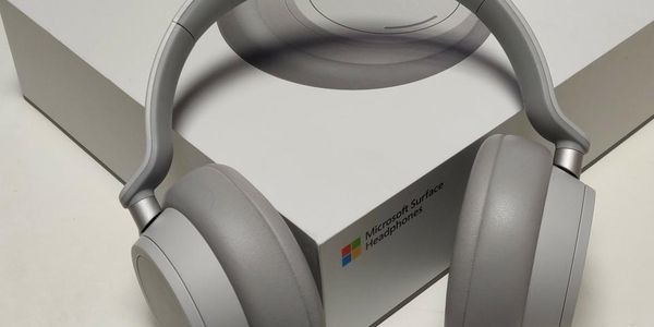Surface Headphones Review: Microsoft's Surprisingly Sweet Sound