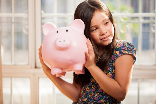 10 Ways To Raise A Kid Who Can Handle Money (And Isn't An Entitled Jerk)