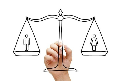 Female Execs: Gender Gap Closing In Tech, But More Role Models Are Needed