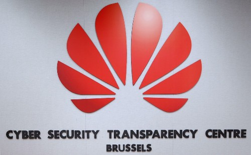Huawei Users At Risk As U.S. Blacklist Cuts Access To Shared Data On New Cyber Threats