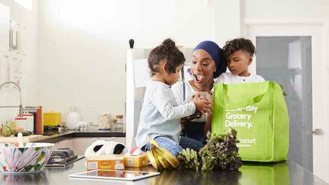 Instacart Expands Into Click And Pick Up Grocery Shopping Service