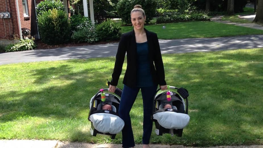 This Stay At Home Mom Founded Two Six Figure Businesses (And She Only Works 30 Hours A Week)