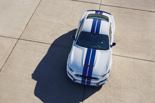 Ford Shelby GT350 Mustang Gets Roaring Good V8 and Lots of Technology Firsts